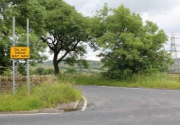 Road Sign saying Do Not Use Sat Nav