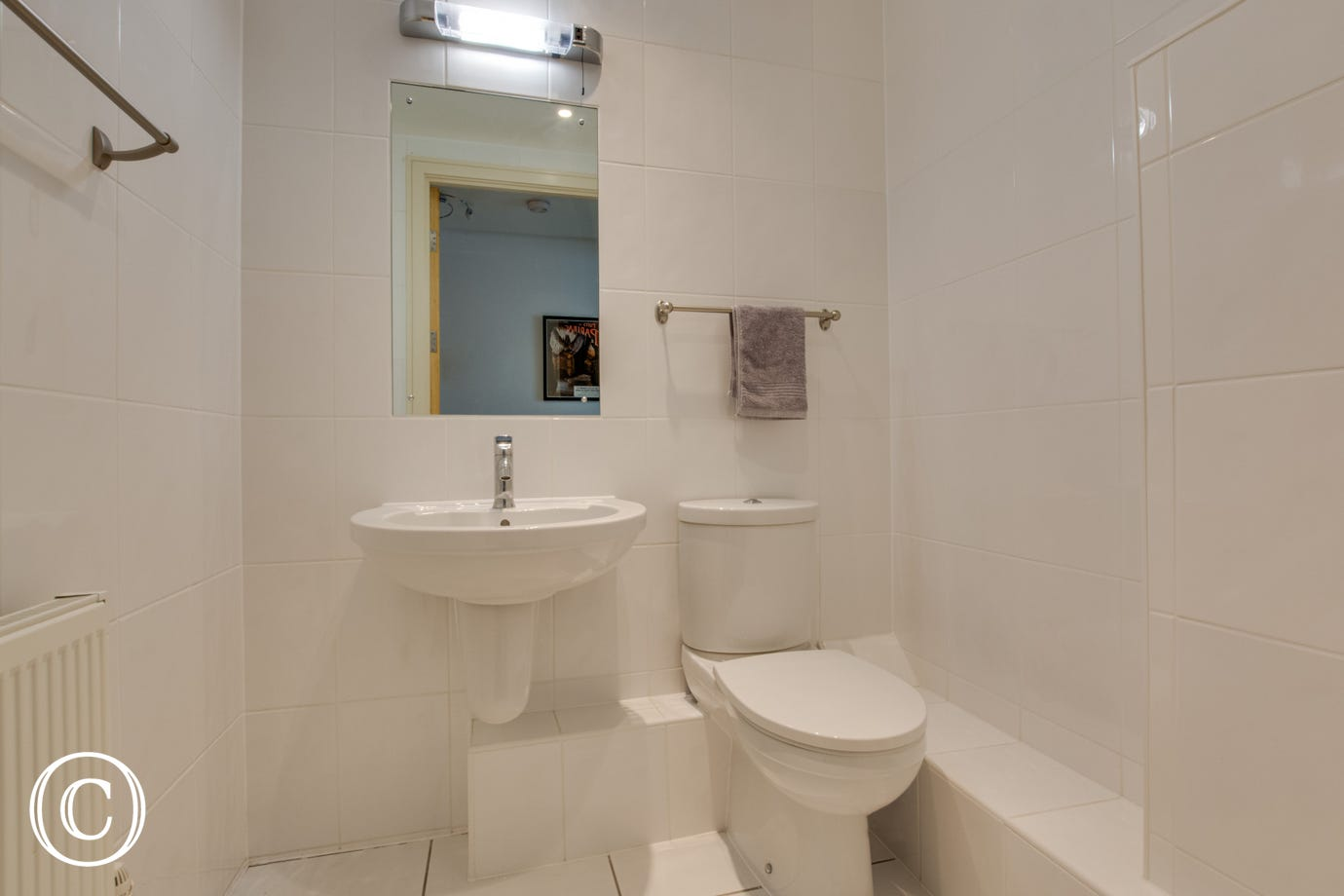 Separate toilet. Holiday accommodation in the village of Saundersfoot